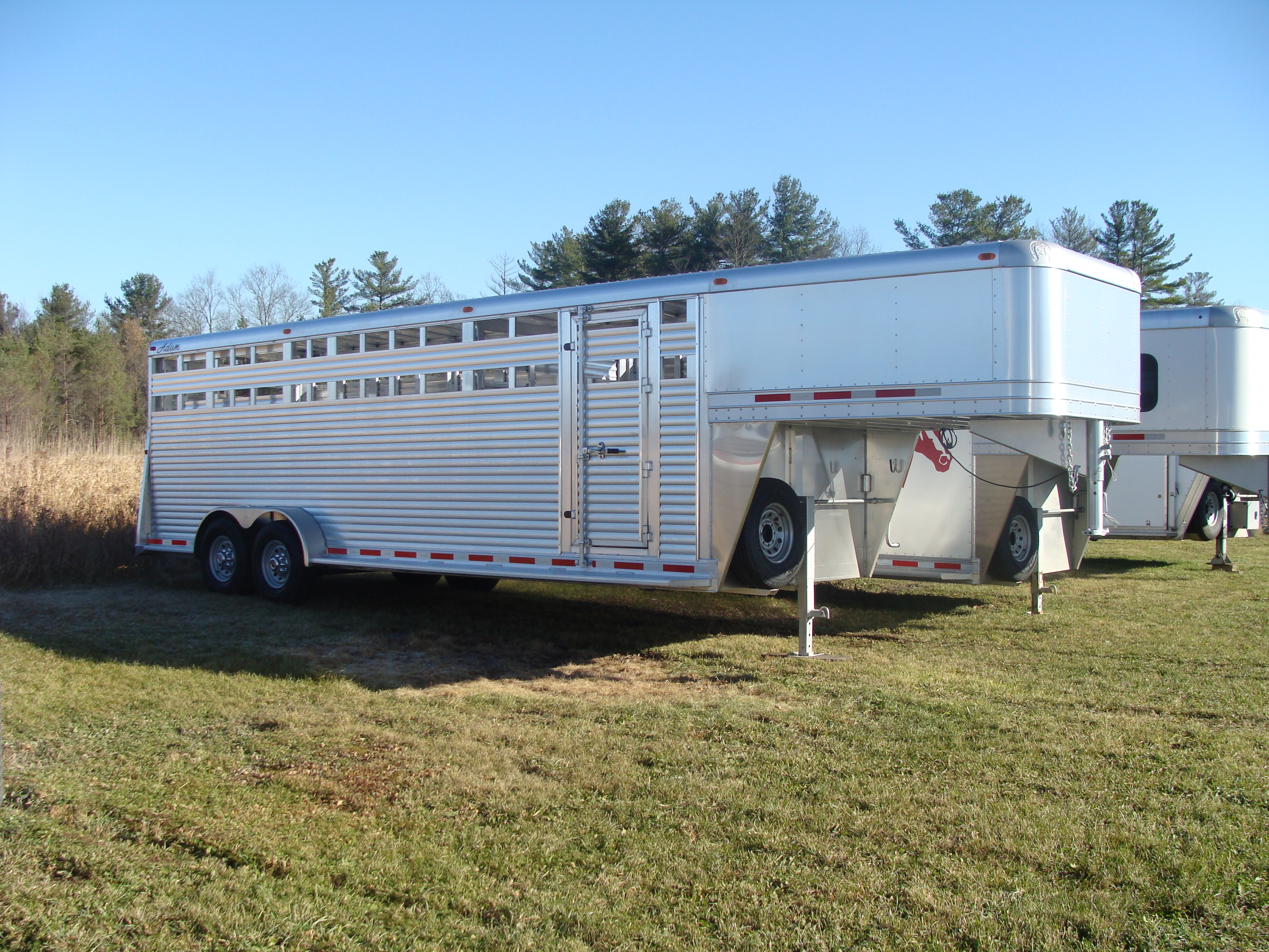Lige ud Home | Horse and Stock Trailers in NY and PA | Harbor Equipment BS34