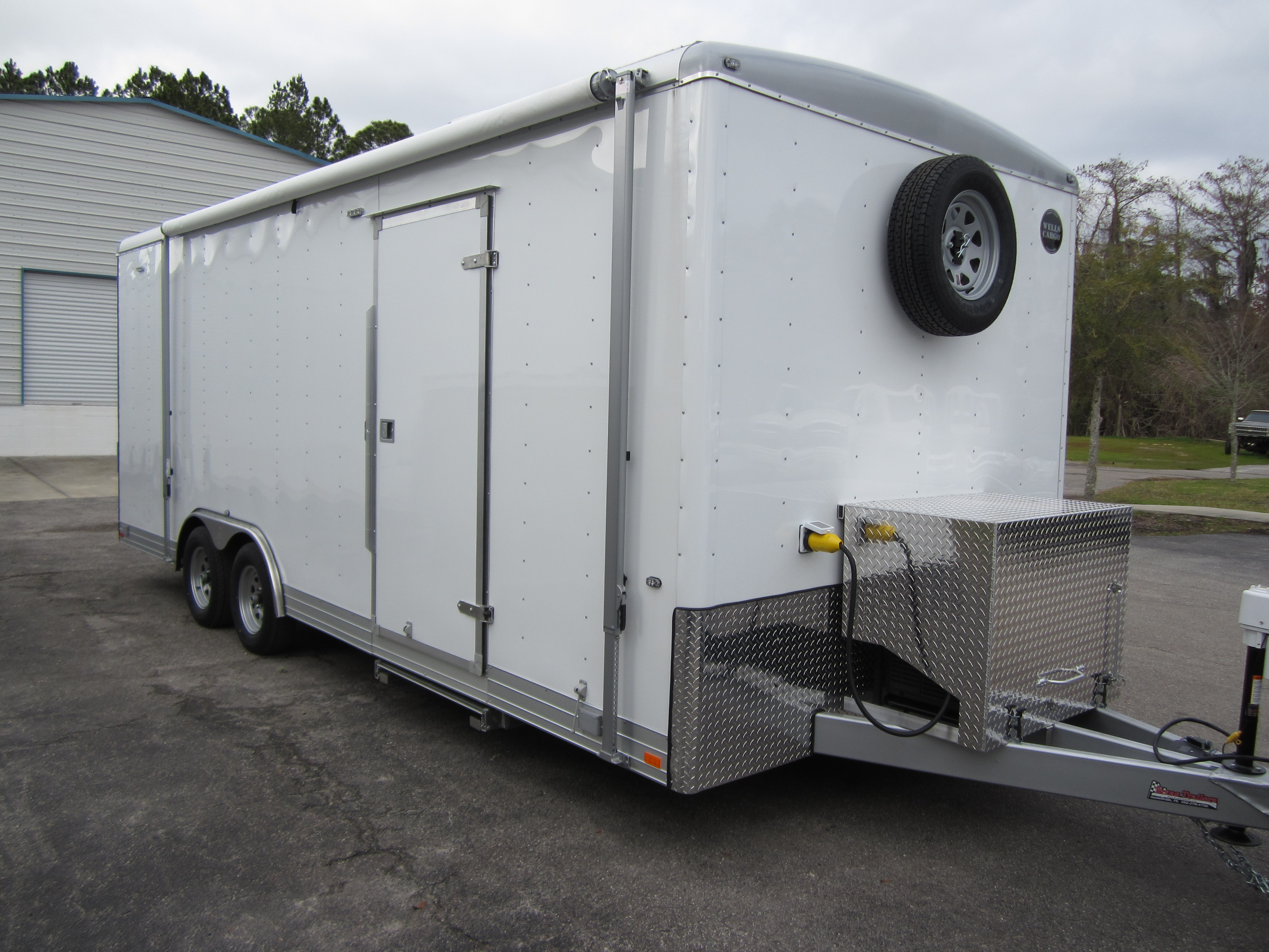 img nuthouse trailers awning aluminum awnings sport expedition off horse trailer multi shop industries road peanut